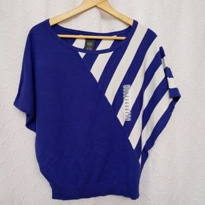 Chelsea & Theodore Solid & Stripe Pull Over Top
